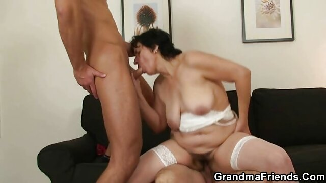 Young porno mere et fils cuisine brunette obediently drinks a natural drink after spanking
