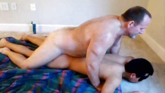 The brunette drove a lumpy friend into porno en cuisine a tender pink ass