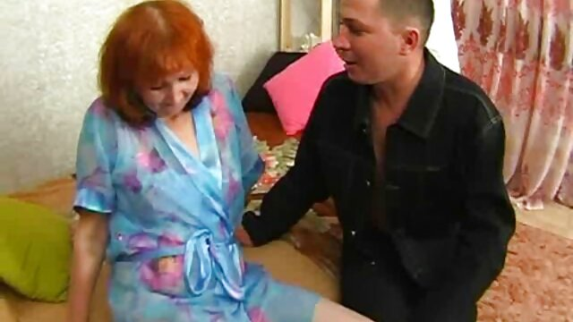 Busty mature boss makes subordinate porn in cuisine fuck her in the office