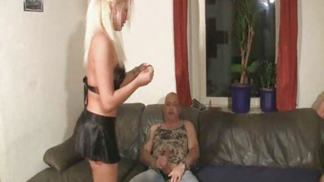 Girlfriend persuaded a young xxx en cuisine bitch to arrange a striptease in front of the camera