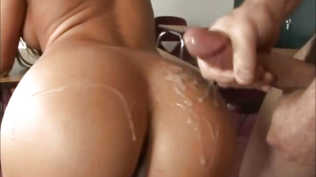 Red-haired princess gets double cuisin porn fucked hard on the couch